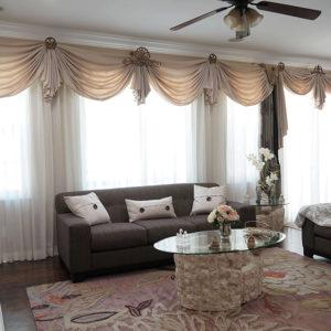 Дизайн прямых штор для залы